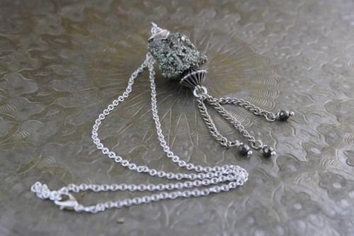 collier-pendentif-pyrite-brute-sur-chaine-3479559-4-ca4c1_big.jpg