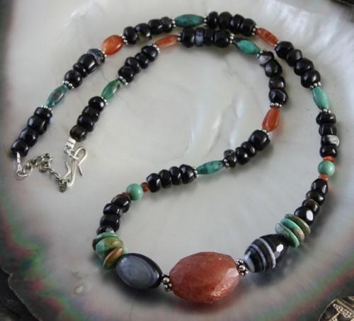 collier-collier-pierres-et-argent-5490177-1-bceff_big.jpg